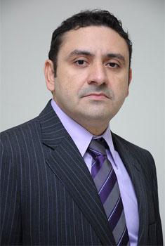 senior-lawyer